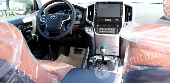 Land Cruiser 200 with Leather Interior Dubai